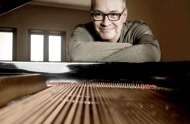Pianista Pepe Céspedes lanza disco de música peruana