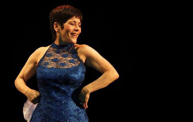 Cecilia Barraza inicia preparativos para celebrar sus 45 años de trayectoria