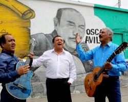 """Carlos Rincón y Los Avilés: """"Poner música criolla el 28 de julio o el 31 de octubre es una hipocresía"""""""
