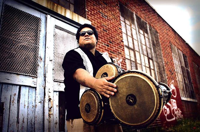 Carlos Yamasaki, el percusionista que hace resonar la música afroperuana en NY