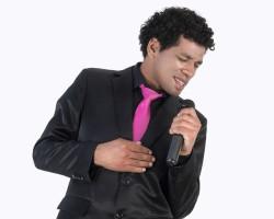 Carlos Farfán lanza su primer disco