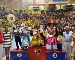 Con noche criolla Trujillo celebra a ganadores de Concurso Nacional de Marinera