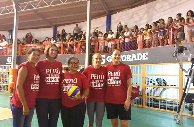 """Artistas y deportistas realizan """"ensayos solidarios"""" pro damnificados"""